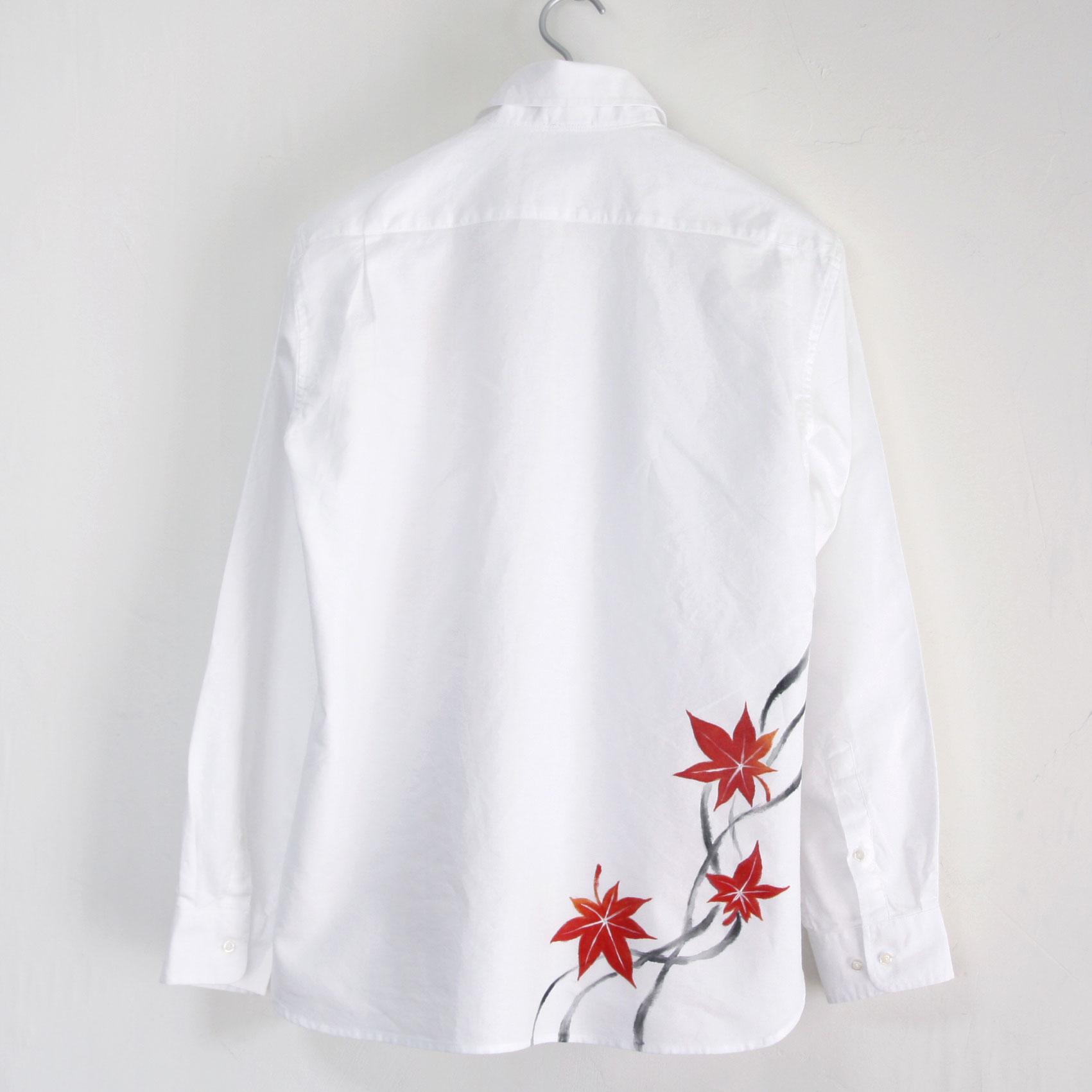 手描き紅葉柄ボタンダウンシャツのホワイト