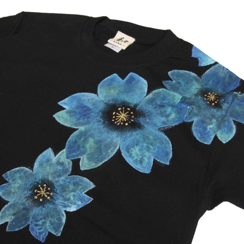 メンズ 舞桜柄Tシャツ 手描きで描いた和風の桜柄Tシャツ を追加しました。
