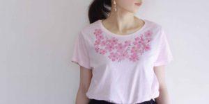 レディース コサージュ桜の花柄Tシャツ 春 ピンク