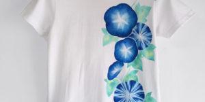 アサガオ柄手描きTシャツ ホワイト 手描きで描いた朝顔の花柄Tシャツ
